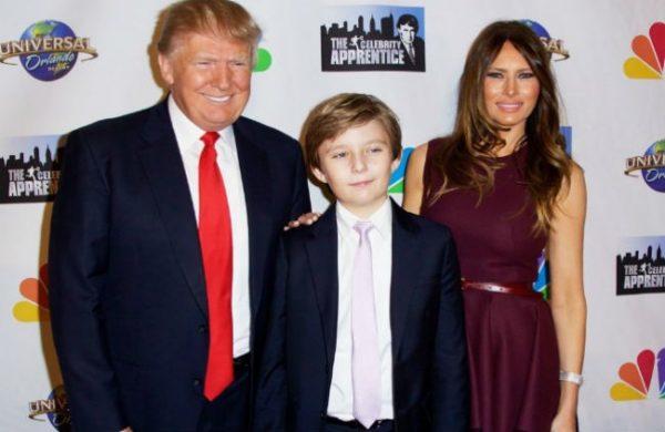 ترامب وزوجته وابنه