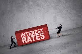تقرير : عدم اليقين العالمي يخفض أسعار الفائدة