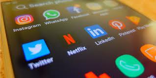 أدوات مجانية لمراقبة وسائل الإعلام الاجتماعية يجب أن تستخدمها